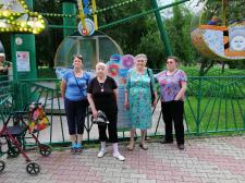 Экскурсия в городской центральный парк им. Горького.